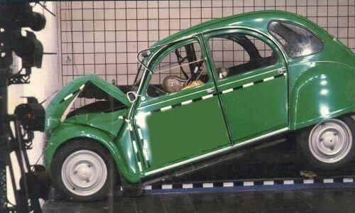 citroen 2cv crash test