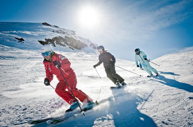 Ski or Snowboard Rental Package from Interlaken Hit the slopes in style and enjoy the soaring peaks of the Swiss Alps to the full with this ski or snowboard rental package from Interlaken. Choose a 1-, 2- or 3-day hire package of 4- or 5-star quality. Browse the extensive range of skis, snowboards and boots suited to all levels from beginner to expert. Try your hire equipment on for size in-house and instruct your ski hire technician to make any fitting adjustments. Enjoy 10% ...