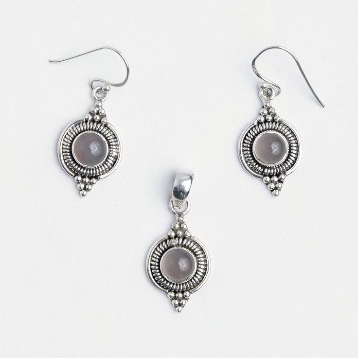 Set cercei și pandantiv Dharma, argint și cuarț roz, India #metaphora #jewellery #jewelryset #silver #earrings #quartz #pinkquartz #india