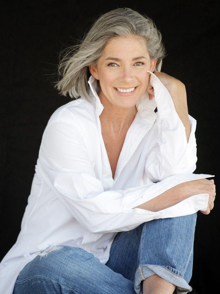 SUSAN MCGRAW SILVER - Model Management - Agence de Mannequins