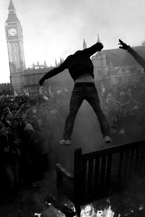 FOR - The Dystopian Earth Story - London Riots Rebel