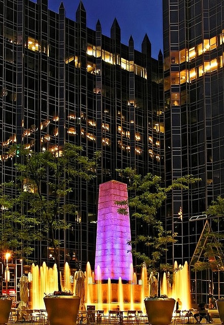 Pittsburgh, PPG Place.
