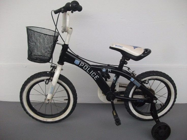 For sale is an excellent condition children bicycle. This is a high quality bicycle and Made in Japan bicycle, not a poor quality Made in China bicycle.The bicycle is suitable for kids from 3 to 7 years old. If your child already know how to ride a bicycle, we can replace the training wheels with a stand for you.No repairs needed cos we are bicycle repairers and we have just serviced and checked the bike.Remember that bicycle repair costs are expensive so you can save your money and time by…