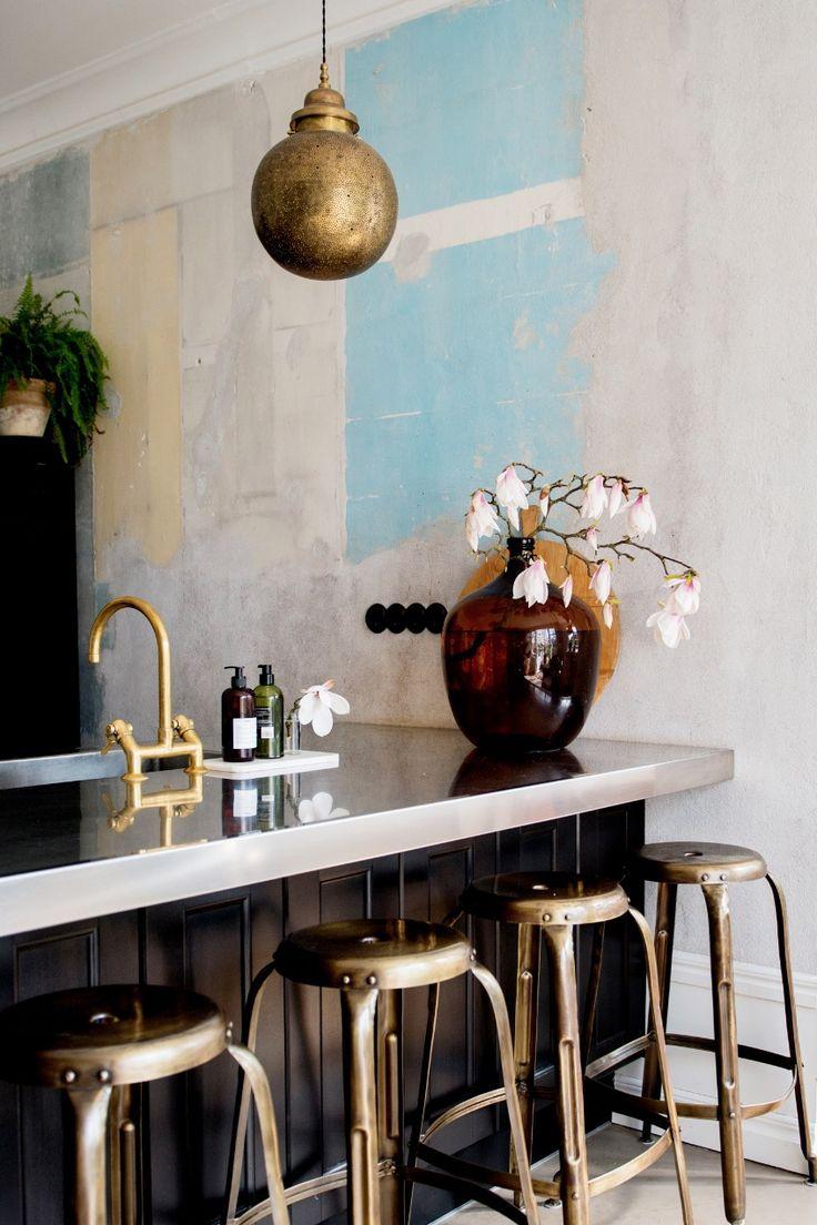 Malin Persson: Köket byggdes kring vårt italienska skåp - My home