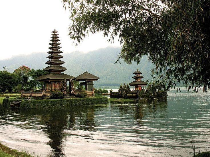 Que faire lors de votre voyage à Bali ? Située juste en dessous de l'équateur, Bali vous éblouit par sa …