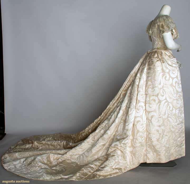 Bridal fashions victorian era 22