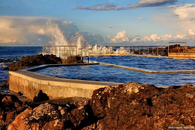 Black Head Ocean Baths - Copyright Black Diamond Images
