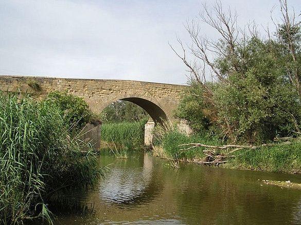 Antico Ponte Romano sull'Ofanto.