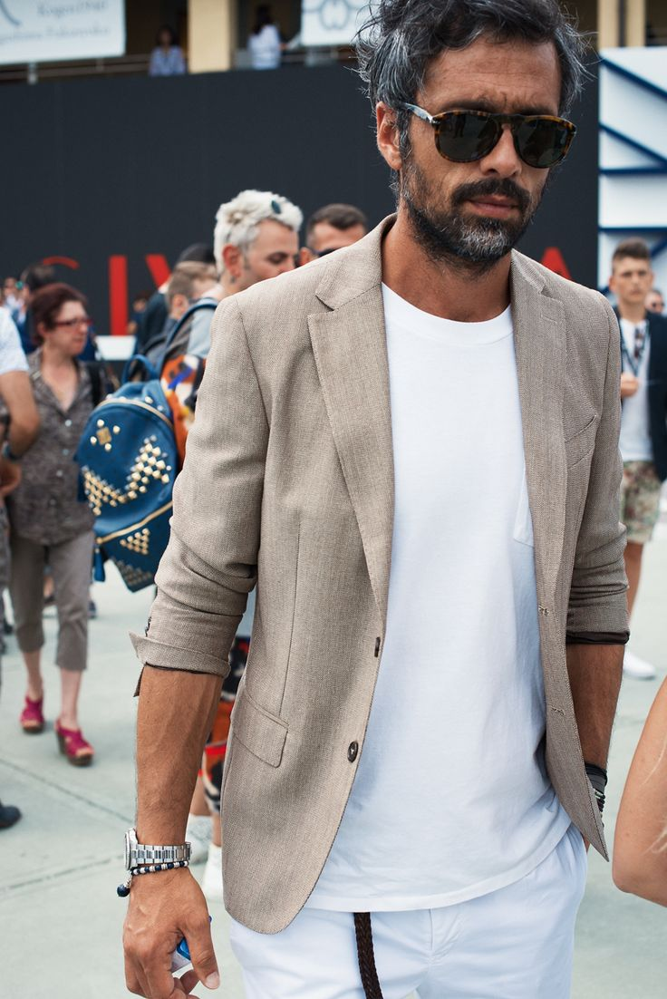 keep it light with white + khaki // menswear summer street style + fashion