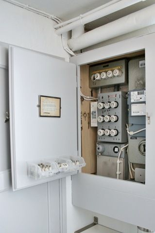 b0365934b4f8395145d0598dccb06f8c inside cabinets cupboards 16 best fuse box cover licznik images on pinterest basement build fuse box cabinet at crackthecode.co