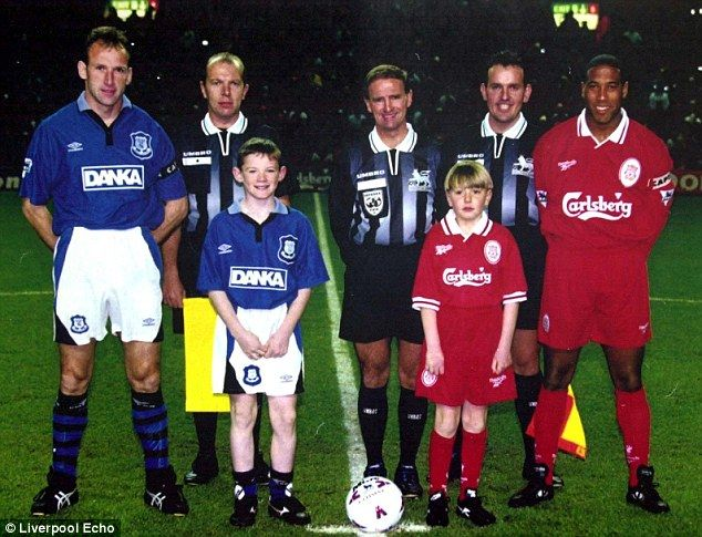 Everton to Pay Tribute to Hillsborough 96 Before Merseyside Derby ...