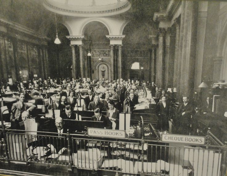 Granted online banking is a lot easier, but how amazing does the hussel and bussel look? #thegibsonhall #TBT