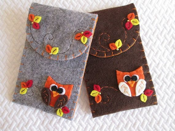 Phone case - Felt Phone Case with Owl - Felt Phone Cover - Birthday Gift - Teacher's Gift - Mother's day Gift - Fall felt phone case.