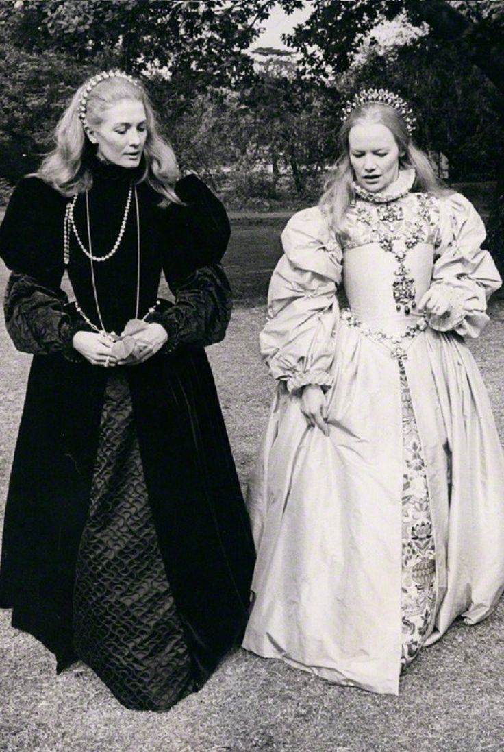 The fictional meeting between cousins Mary, Queen of Scots (played by Vanessa Redgrave) and Queen Elizabeth I of England (played by Glenda Jackson) in the film Mary, Queen of Scots, 1971