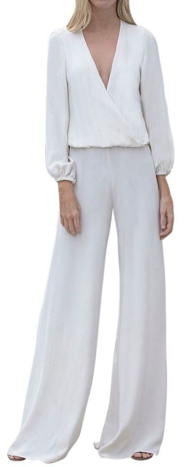 Samuel Dong Chiffon Palazzo Size M Wide Leg Pants. Free shipping and guaranteed authenticity on Samuel Dong Chiffon Palazzo Size M Wide Leg PantsPerfect summer optic white chiffon Palazzo pant......