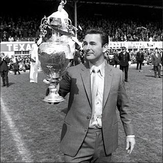 Brian Clough vince la First Division con il Derby County