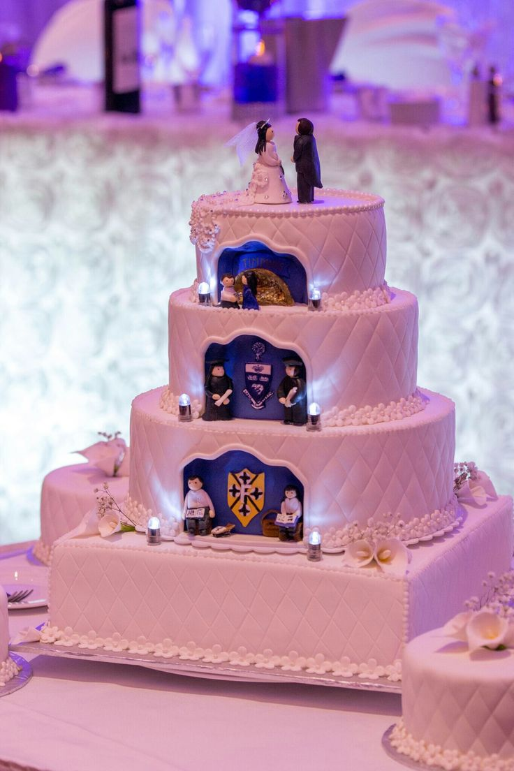 Memories wedding cake