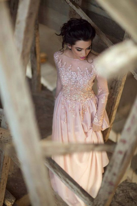 ansab_jehangir_bridal_shoot_april_2015_10| stunning. I'd love to wear this