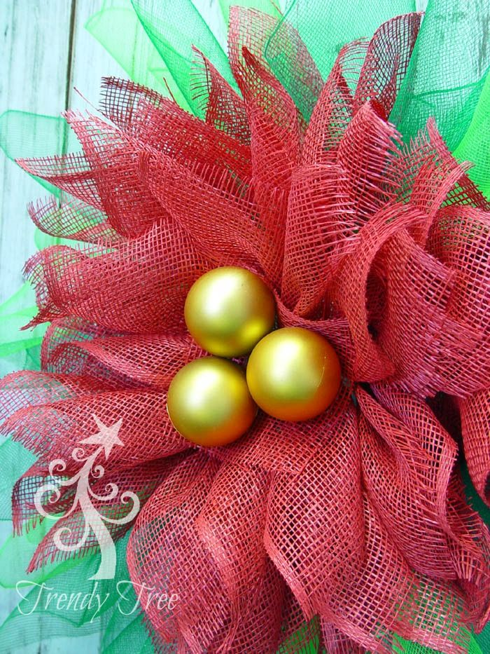 Poinsettia wreath with Stemball Center - click for full tutorial. Made of waterproof Poly Burlap.