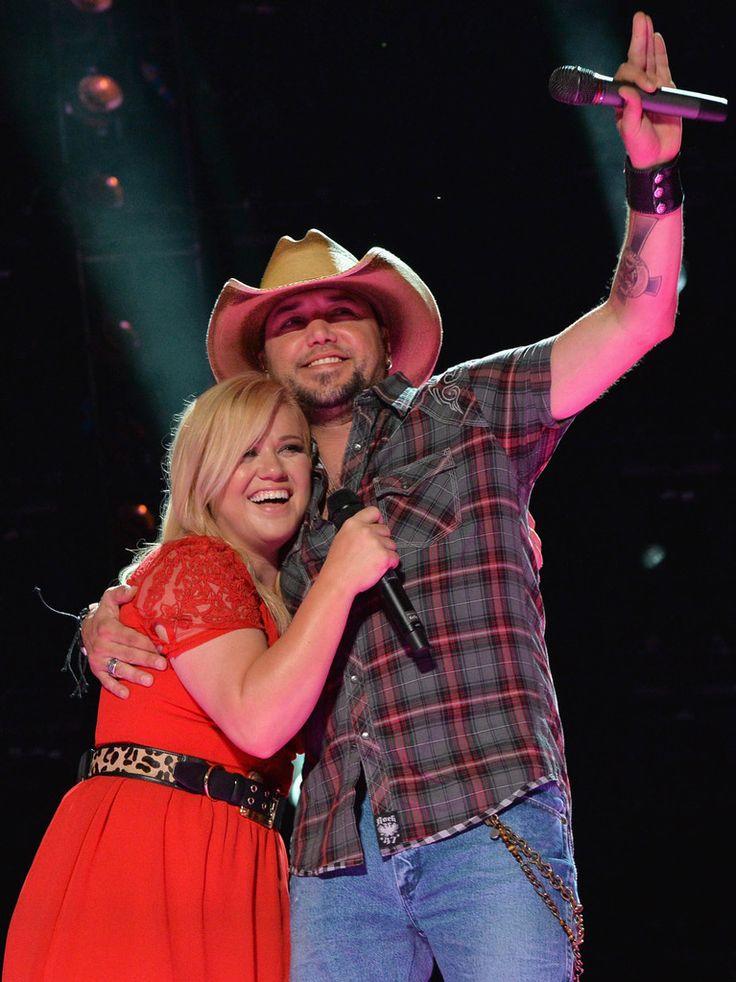Jason Aldean and Kelly Clarkson - 2013 CMA Music Festival - Day 3