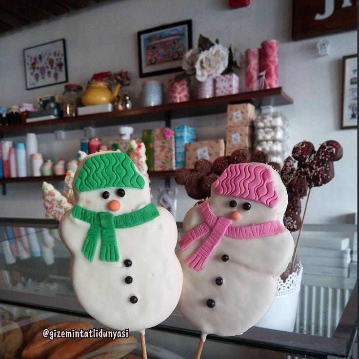 Beyaz Çikolata Kaplı Kardanadam Kurabiyeler ⛄#snowmancookie #kardanadamkurabiye