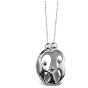 Loving Family, Ouders met 3 Kinderen - Zilveren Hanger  €39.95