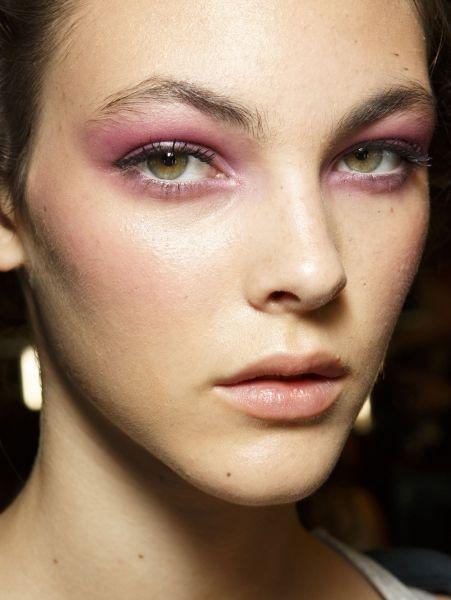 Dit zijn de 10 grootste haar- en make-uptrends voor 2015 | ELLE