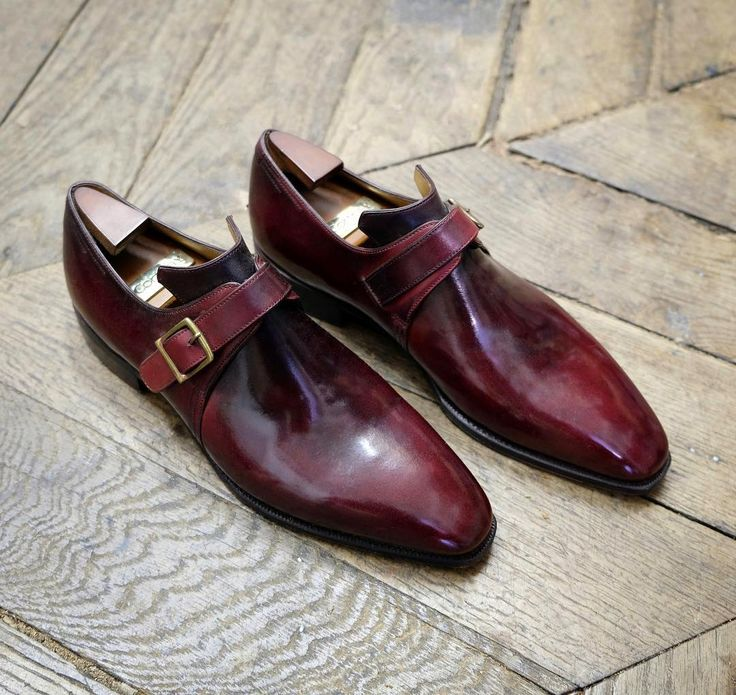 The Arca Buckle and the Lie de Vin patina are definitely the perfect match ! 🍷#Corthay #Paris #ArcaBuckle #LieDeVin #Patina #Shoes #MadeInFrance #TheFinestShoes #LaCouleurCestCorthay #Shoeporn