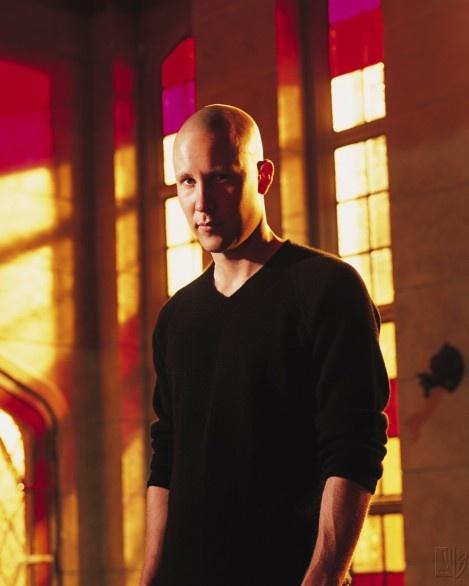Lex Luthor (Michael Rosenbaum) - Smallville Season 2