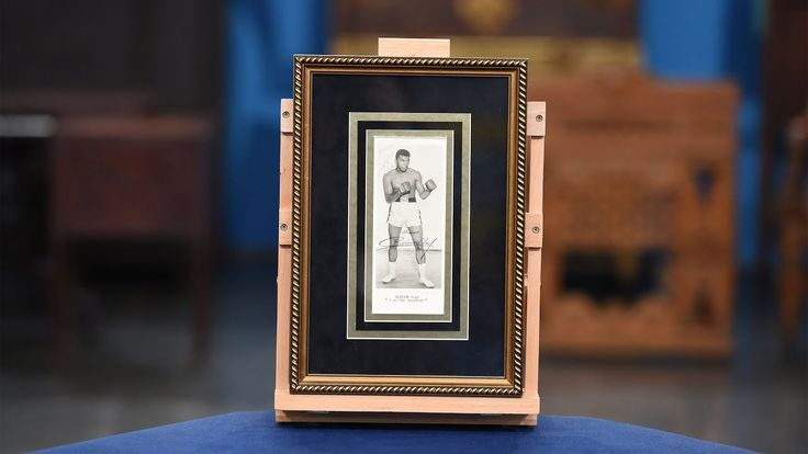 Take a look at this 1964 Cassius Clay twice-signed promotional print!  http://qoo.ly/m5ixy
