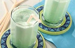 Diabetic Lime Smoothies-This is a healthy, low calorie, low fat (1.5g fat), low carbohydrate, NO-Cholesterol AND WW 2 Points+ recipe. Makes 4 Servings.