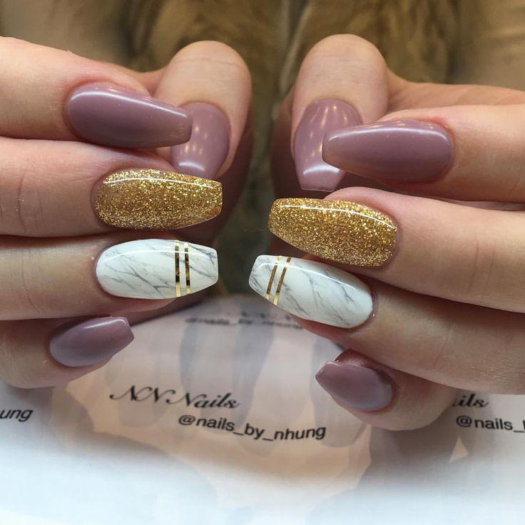 """74 gilla-markeringar, 26 kommentarer - NN Nails (@nn_nails_salong) på Instagram: """"Rétro pink color , 24K glitter and marble  ✨ Missa inte detta erbjudande ✨  Vi har…"""""""
