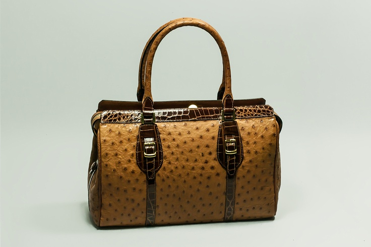 ALESSIA    Travel bag, zip closure, double handle