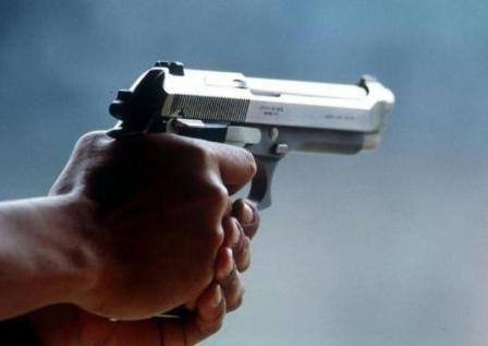 Ragazzo ucciso per una roulette russa la madre: Mio figlio non è stato ucciso durante un gioco. Voglio giustizia