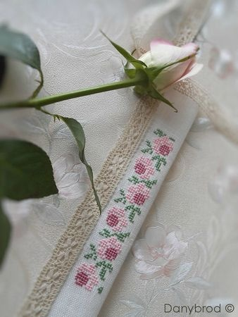 Roses cross stitch