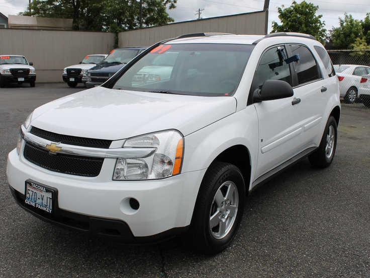 Chevy Equinox ((Love my new car;) and finnnallly have a freakin' sunroof!! lol only difference is mine is silver))