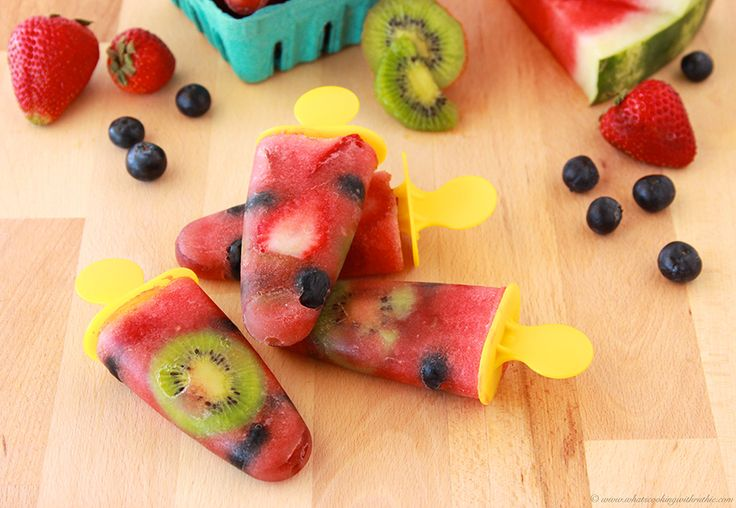 Frosty Fruit Pops {Hello Summer} I Heart Nap Time | I Heart Nap Time - Easy recipes, DIY crafts, Homemaking