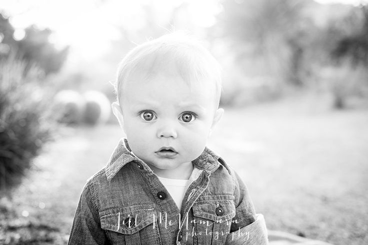 Baby photo session posing ideas, outfit ideas for baby photo session  Little Huck | Scottsdale Family Photographer