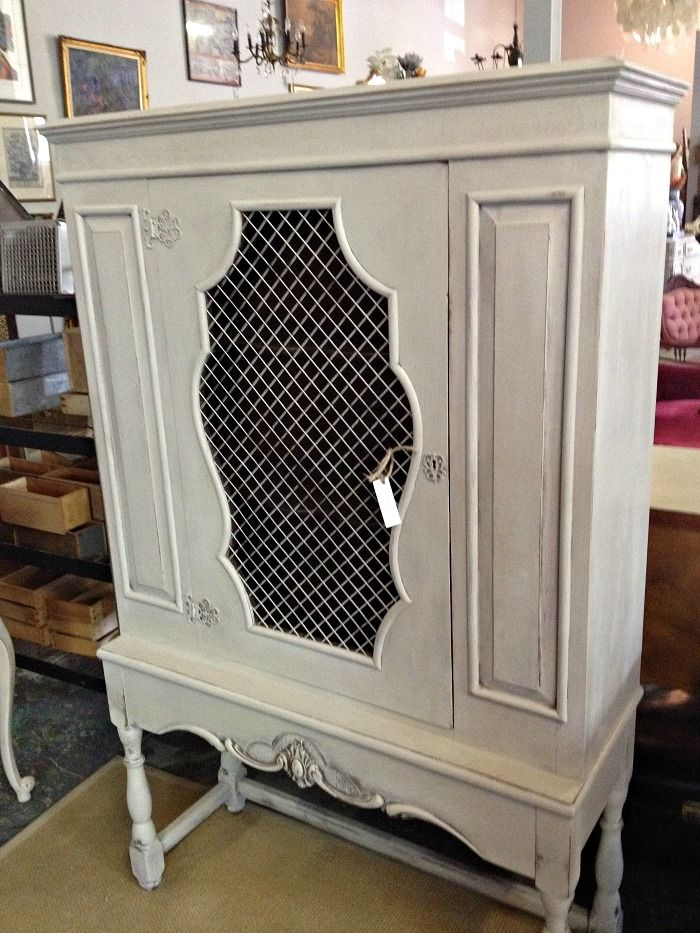 Before & After furniture transformation, vintage curio cabinet | Stylish Patina