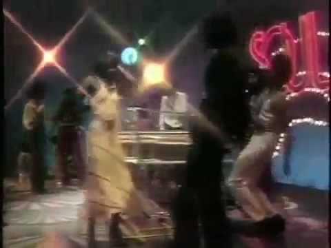 Elton John - Philadelphia Freedom ('75)