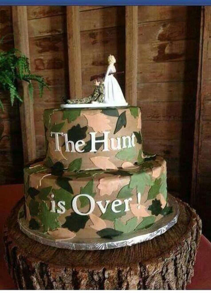 wedding cakes for two grooms best 25 grooms cake ideas on 24385