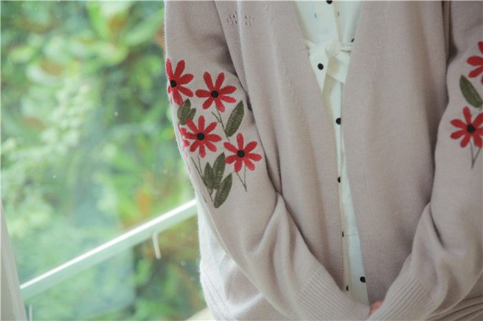 Japanese Forest Department of retro art flowers embroidery lantern sleeves knitted sweater coat - Taobao