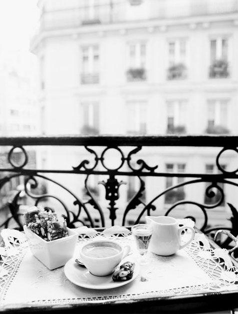 ♔ Spring morning ~ Paris