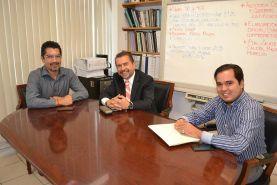 Promueve el Diputado Federal, Hugo Cabrera, desde oficinas centrales de FONHAPO (Fondo Nacional de Habitaciones Populares), proyectos de vivienda para...