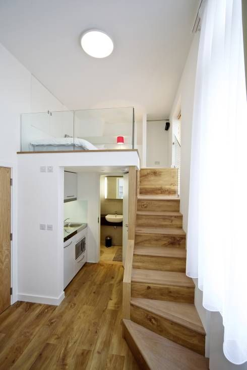 Student Accommodation - SW10: Modern Corridor, hallway & stairs by Ceetoo Architects