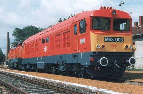 MÁV M63 DVM-10 mozdony