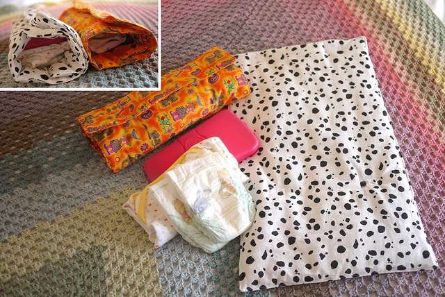 Diaper Changing Pad Clutch by :Salihan, via Flickr: Changing Pad, Photo