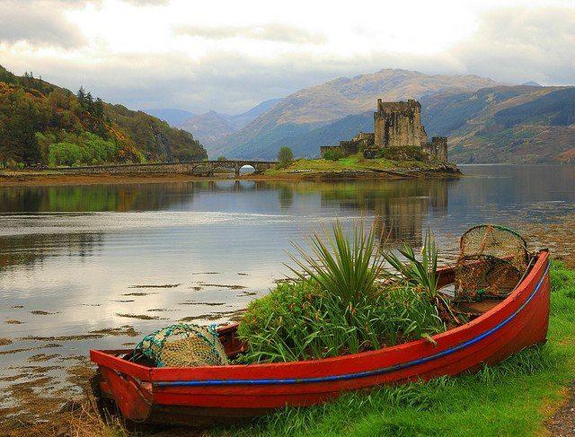 Eilan Donan Castle Loch Duich, Scotland