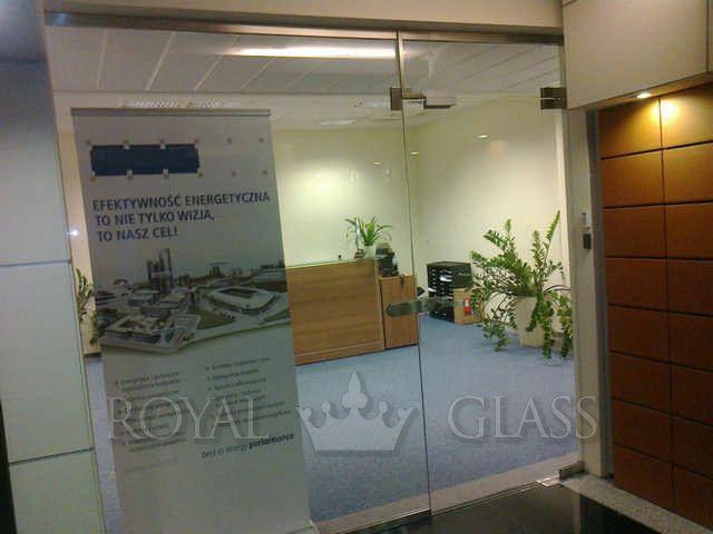 Drzwi szklane z kontrolą dostępu - ROYAL GLASS WARSZAWA