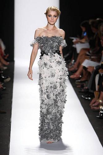Best 25+ Edgy wedding dresses ideas on Pinterest   Velvet ...
